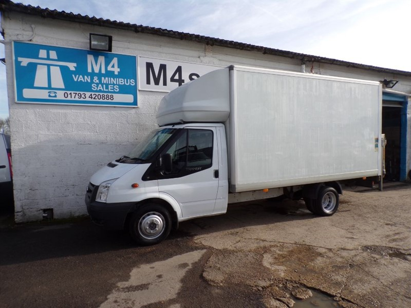 used Ford Transit 350 E/F DRW, LUTON, TAILIFT, 115PS in wiltshire