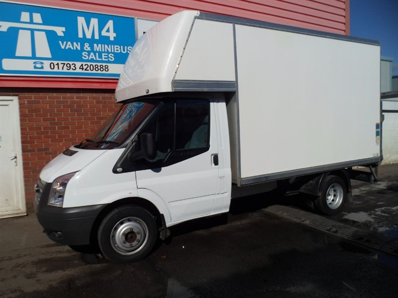 used Ford Transit 350 RWD SWB 2.2 TAIL LIFT  in wiltshire