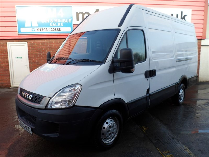 used Iveco Daily mwb hi roof 35s11 in wiltshire