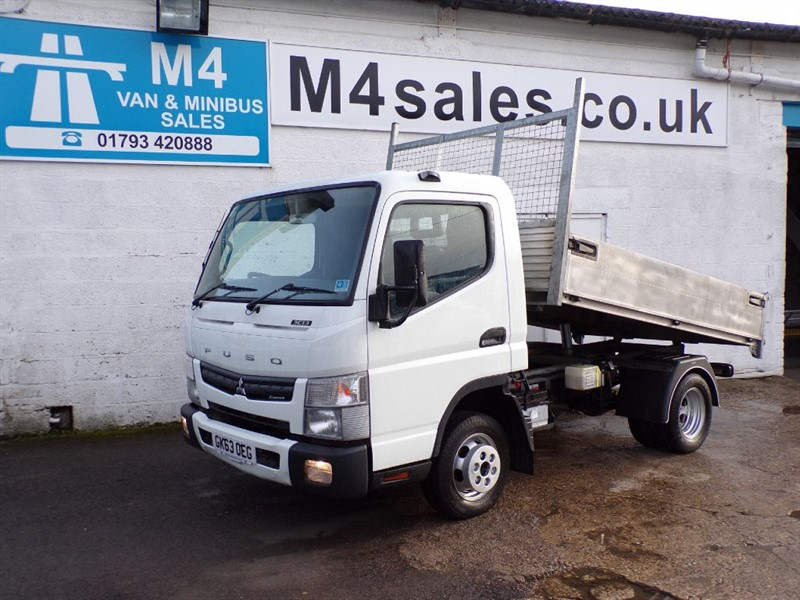 used Mitsubishi Canter 3C13 25 Twin wheel NO VAT in wiltshire