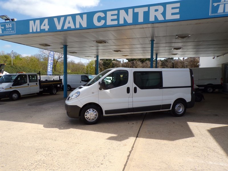 used Renault Trafic LL29 DCI, CREW VAN, 115PS in wiltshire