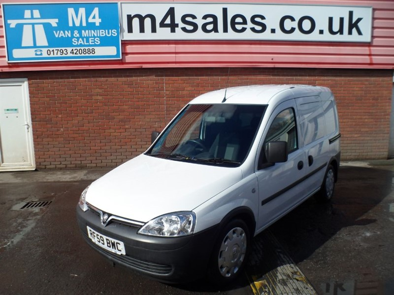 used Vauxhall Combo CDTI 1.3 SWB *NO VAT* in wiltshire
