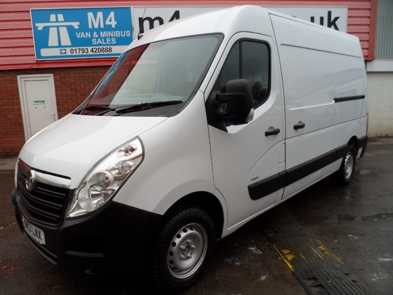 used Vauxhall Movano MWB SLD FWD MEDIEUM ROOF WITH A/C 2X SLD 125PS in wiltshire