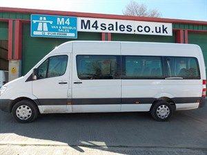 used Mercedes Sprinter 313cdi, 17st traveliner minibus, air conditioning. in wiltshire