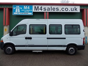 used Renault Master 11st,3.5t,w/chair bus,a/con. in wiltshire