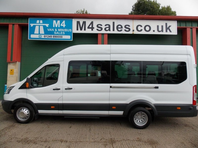 used Ford Transit 125ps,17st N/Shape Minibus. in wiltshire