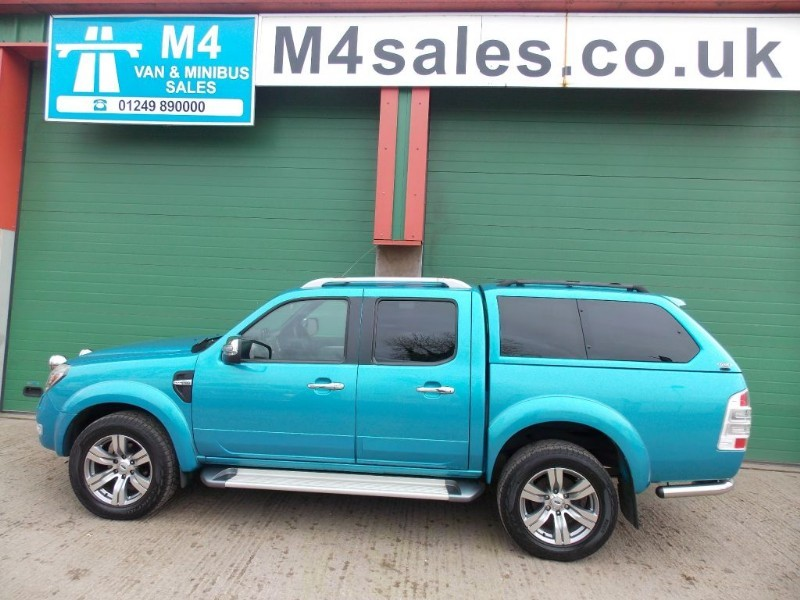 used Ford Ranger WILDTRAK 4X4 3.0 TDCI in wiltshire