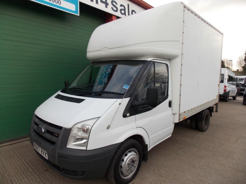 used Ford Transit 350,mwb luton van,taillift. in wiltshire
