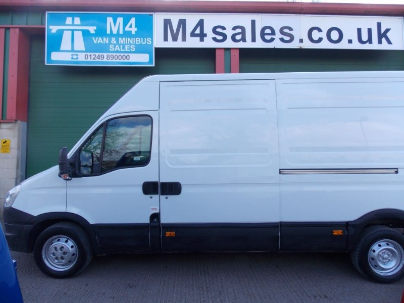 used Iveco Daily 35S11V,lwb 4m van. in wiltshire
