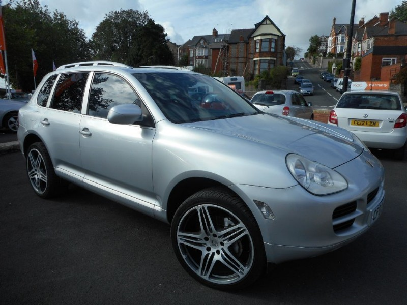 used Porsche Cayenne S in glamorgan