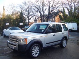 used Land Rover Discovery 3 TDV6 GS 7 SEATER in sheffield-south-yorkshire
