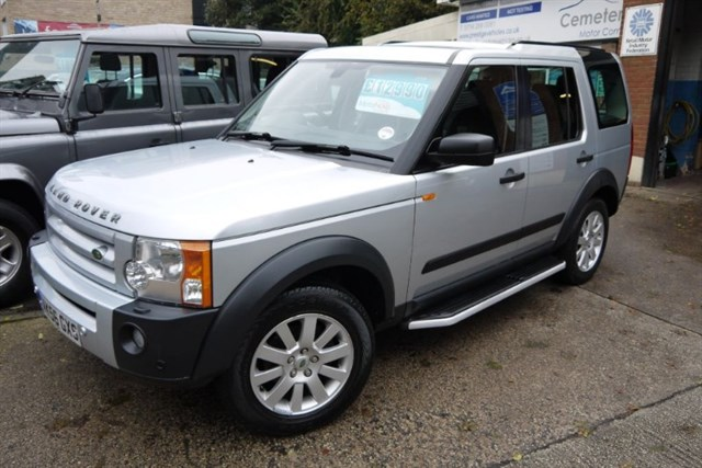 Click here for more details about this Land Rover Discovery 3 TDV6 SE