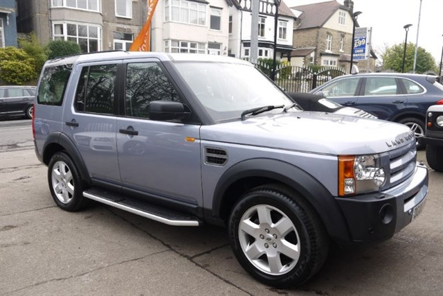 Click here for more details about this Land Rover Discovery 3 TDV6 HSE
