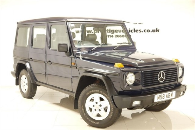 Click here for more details about this Mercedes-Benz G-WAGEN 300 GEL