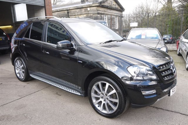 Click here for more details about this Mercedes-Benz ML350 CDI BLUEEFFICIENCY GRAND EDITION