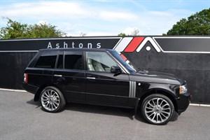 used Land Rover Range Rover 3.6 TDV8 Vogue SE - Rear TV's - 2010 Model in devon