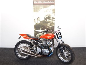 "Triumph BONNEVILLE FLAT TRACKER ""THE ULTIMATE FLAT TRACKER"""