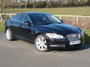 used Jaguar XF V6 LUXURY 14000 Miles Only!!! in wirral-cheshire