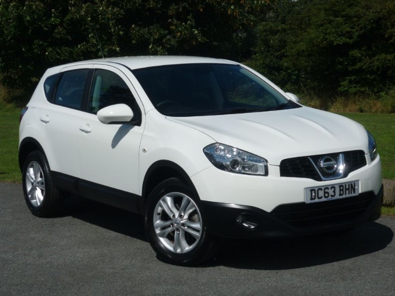 used Nissan Qashqai ACENTA WITH 2 YEARS FREE SERVICING* in wirral-cheshire