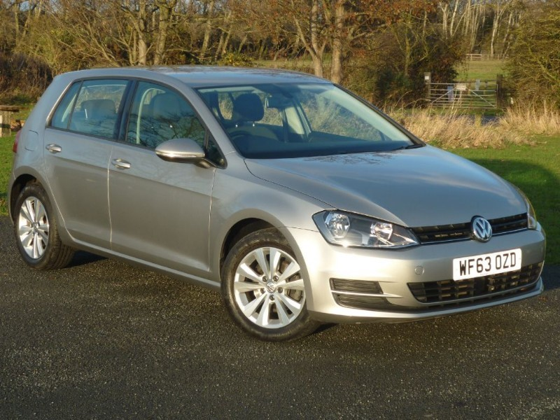used VW Golf SE [MK7] WITH 2 YEAR FREE SERVICING* in wirral-cheshire