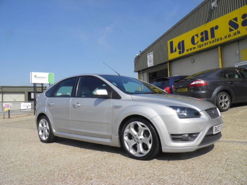 Car of the week - Ford Focus ST-2 - Only £8,495