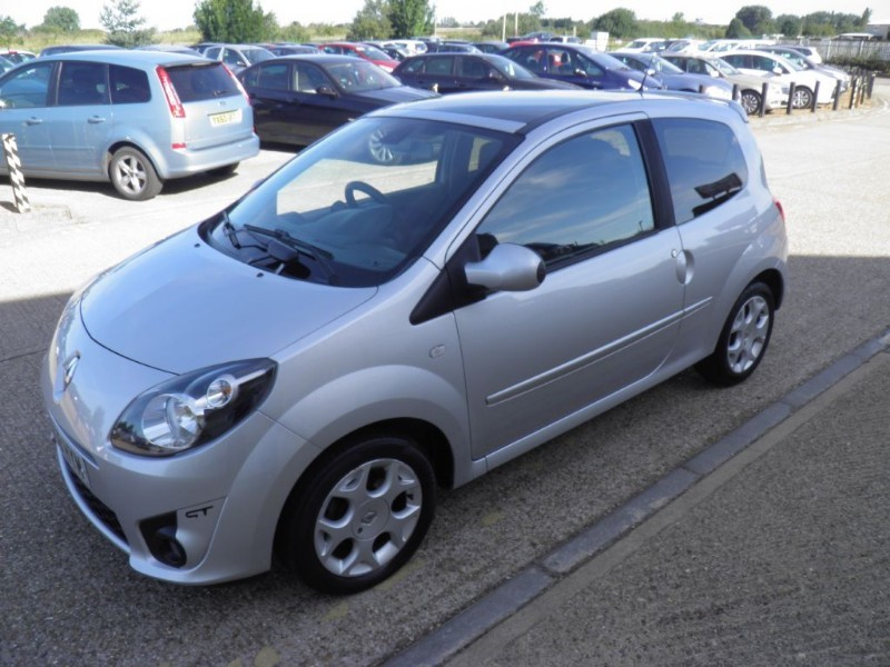 Car of the week - Renault Twingo GT 16V - Only £2,795