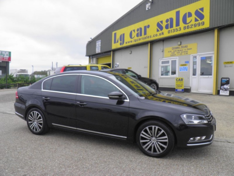 used VW Passat SPORT TDI BLUEMOTION TECHNOLOGY in ely-cambridgeshire