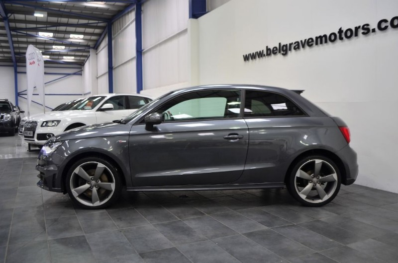 audi a1 tfsi 185 auto s line black edition sat nav s tronic 3dr 47 mpg for sale in sheffield. Black Bedroom Furniture Sets. Home Design Ideas