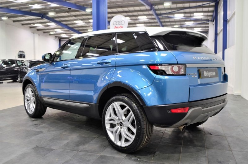 land rover range rover evoque ed4 pure 20 dynamic alloys 5dr 56 mpg for sale in sheffield. Black Bedroom Furniture Sets. Home Design Ideas