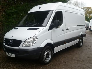 Mercedes-Benz Sprinter 313 CDI MWB WITH BLUTOOTH AND CRUISE