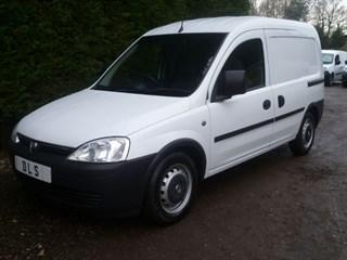 Vauxhall Combo 1700 CDTI SWB