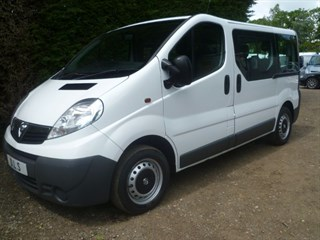 Vauxhall Vivaro 9 SEATER BUS WITH ELECTRIC WINDOWS AND MIRRORS