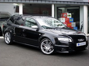 "used Audi RS4 Avant 4.2 QUATTRO - SAT NAV - LEATHER - 19"" ALLOYS - FSH in plymouth-devon"
