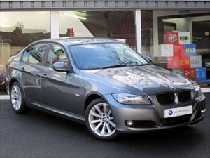 "used BMW 320d SE Saloon - 17"" ALLOYS - FBMWSH - ONLY 1 OWNER - ONLY £105 TAX - 60 MPG in plymouth-devon"
