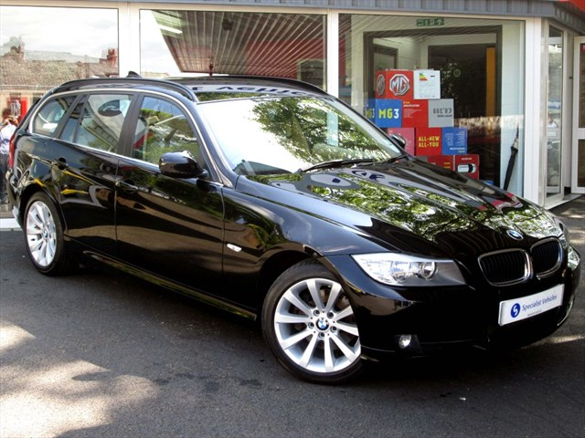 "used BMW 320d SE Touring - 17"" ALLOYS - VERY LOW MILEAGE - FBMWSH - ONLY £145 TAX in plymouth-devon"