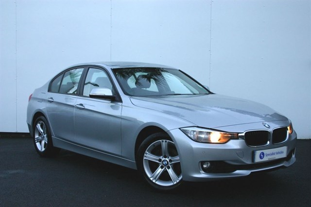 "used BMW 320d SE - 17"" ALLOYS - SAT NAV - VERY LOW MILEAGE - 1 OWNER - FULL BMW HISTORY in plymouth-devon"