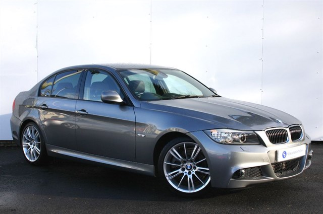 "used BMW 330d M Sport Saloon - 18"" ALLOYS -SAT NAV- FULL LEATHER- VERY LOW MILEAGE-FBMWSH in plymouth-devon"