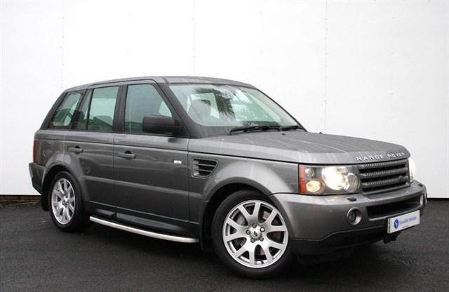 "used Land Rover Range Rover Sport TDv6 HSE - 19"" ALLOYS - SAT NAV - FULL SERVICE HISTORY in plymouth-devon"