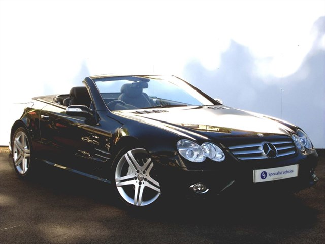 "used Mercedes SL350 Sport Edition - 19"" ALLOYS - SAT NAV - COMAND - PANO ROOF - VERY LOW MILES in plymouth-devon"