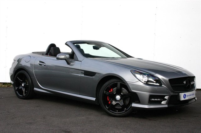 used Mercedes SLK200 BLUEEFFICIENCY AMG Sport - LOW MILEAGE - FULL MERCEDES SERVICE HISTORY  in plymouth-devon