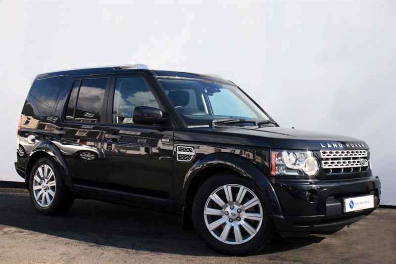 used Land Rover Discovery 4 SDv6 HSE ~ 7 SEATS~SAT NAV~REAR DVD's~HEATED LEATHER~SUNROOF~FULL HISTORY in plymouth-devon