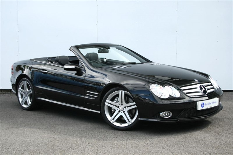"used Mercedes SL350 Sport Edition - VERY LOW MILEAGE - SAT NAV - COMAND - PANO ROOF -19"" ALLOYS in plymouth-devon"