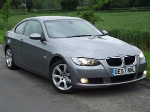 used BMW 320i SE + FULL LEATHER - IMMACULATE CAR in oxfordshire
