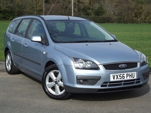used Ford Focus ZETEC CLIMATE ESTATE - AIRCON in oxfordshire
