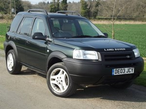 used Land Rover Freelander V6 ES PREMIUM STATION WAGON - CREAM LEATHER~SAT NAV~SUNROOF in oxfordshire