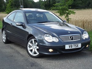 used Mercedes C350 SE EVO PANORAMA - SAT NAV~FULL LEATHER~GLASS ROOF in oxfordshire