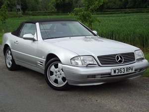 used Mercedes SL320 SL SL320 + GLASS HARDTOP and BLACK LEATHER in oxfordshire