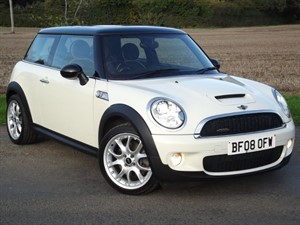 used MINI Hatch COOPER S JOHN COOPER WORKS - LEATHER~GLASS ROOF~XENONS in oxfordshire