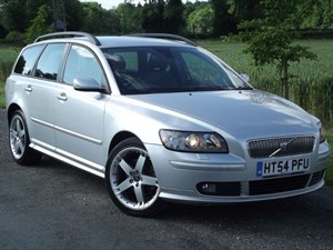 "used Volvo V50 D SE SPORT + FULL LEATHER ~ 18"" ALLOYS in oxfordshire"