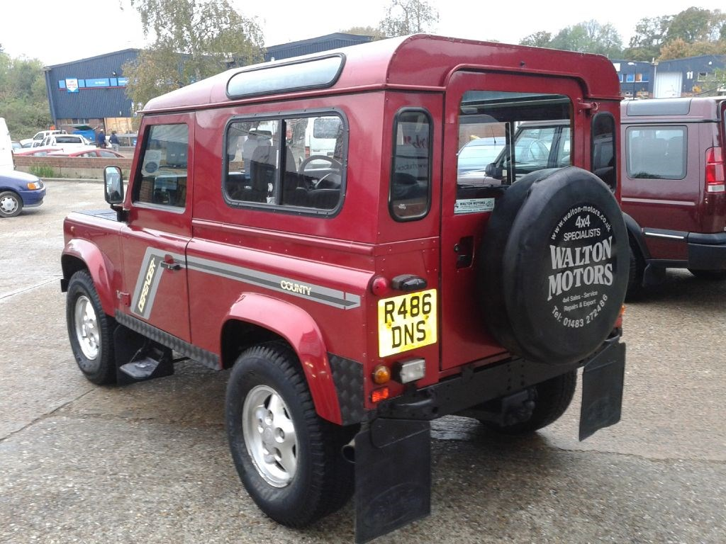 used land rover defender 90 300 tdi county station wagon. Black Bedroom Furniture Sets. Home Design Ideas
